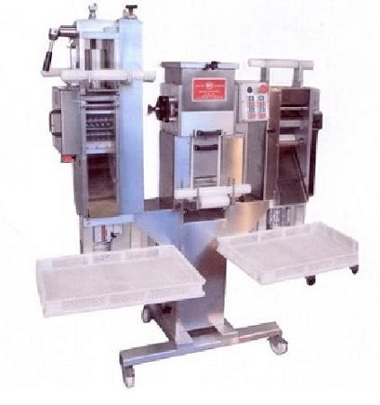 Officina dea macchina per pasta automatica macchina for Macchina da cucire prezzo piu basso